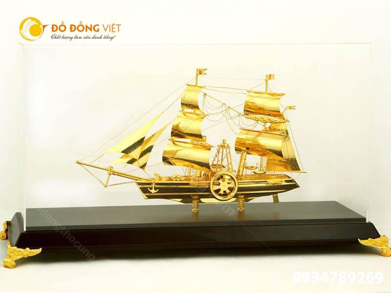 thuyền buồm quà tặng