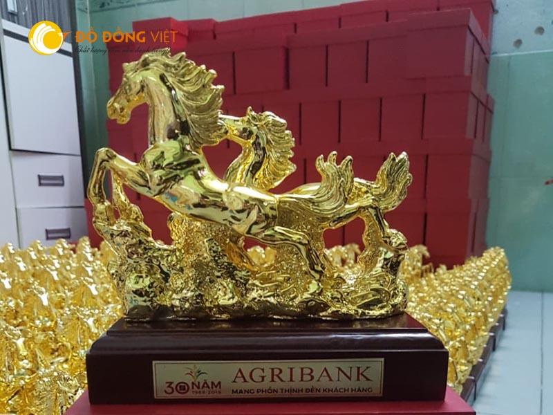 tượng song mã bằng đồng mạ vàng 24k