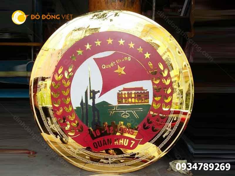 Đúc logo quốc huy  giá rẻ chất lượng 1m2