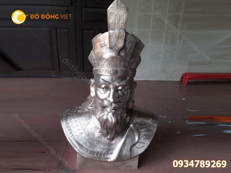 Đúc tượng Vua hùng bằng đồng