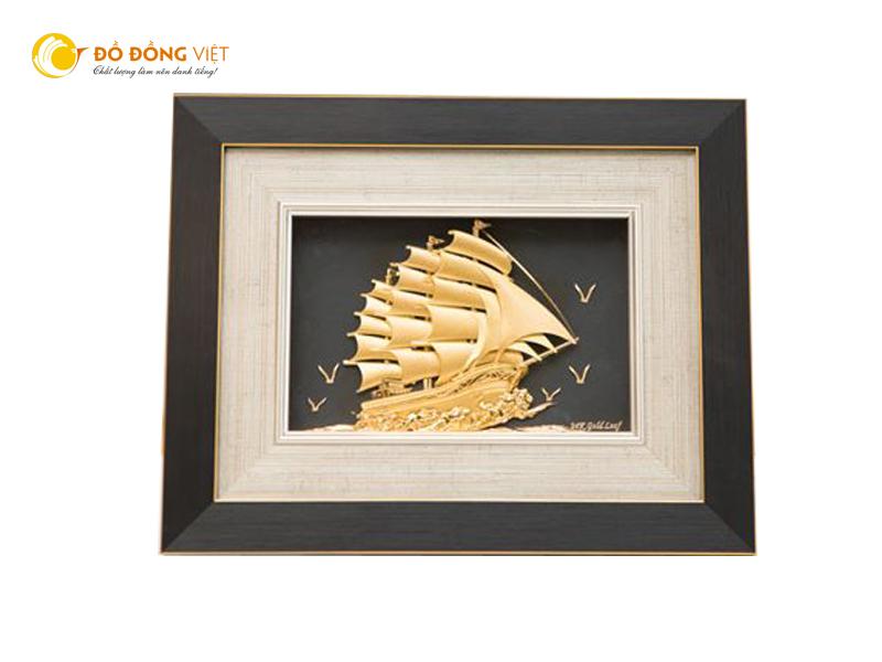 Tranh thuyền buồm phong thủy mạ vàng, quà tặng đồ đồng cao cấp