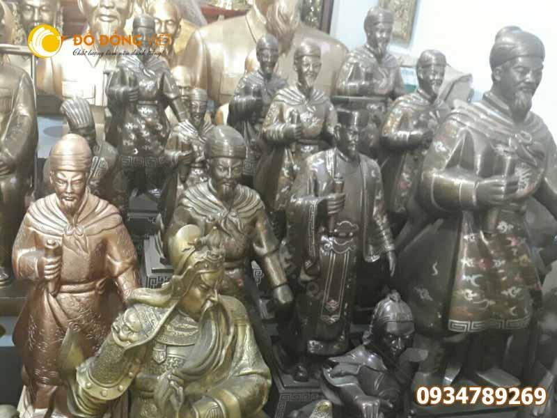 tượng hưng đạo vương trần quốc tuấn