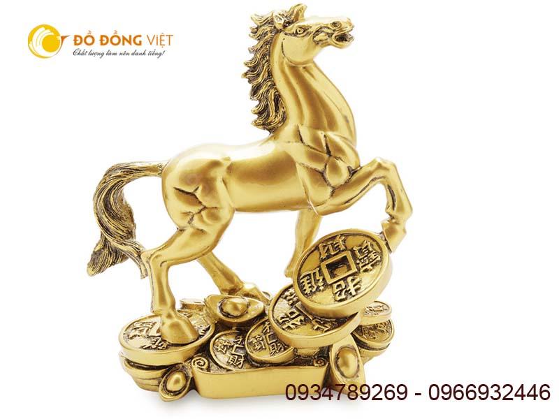 tượng con ngựa
