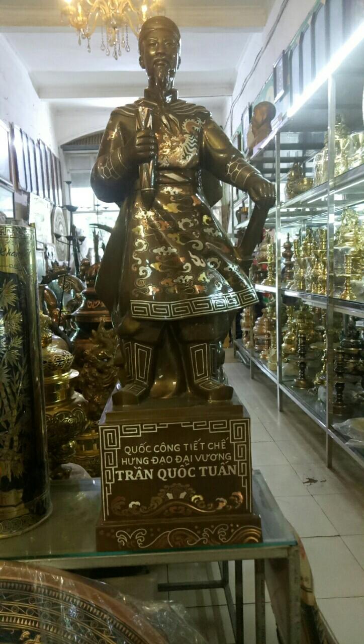 Đặt đúc tượng đồng Trần Hưng Đạo khảm tam khí