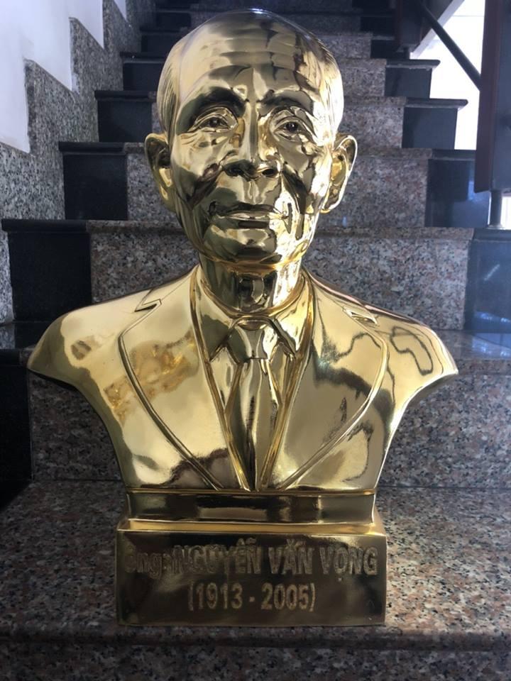 Địa chỉ đúc tượng chân dung mạ vàng uy tín tại Sài Gòn
