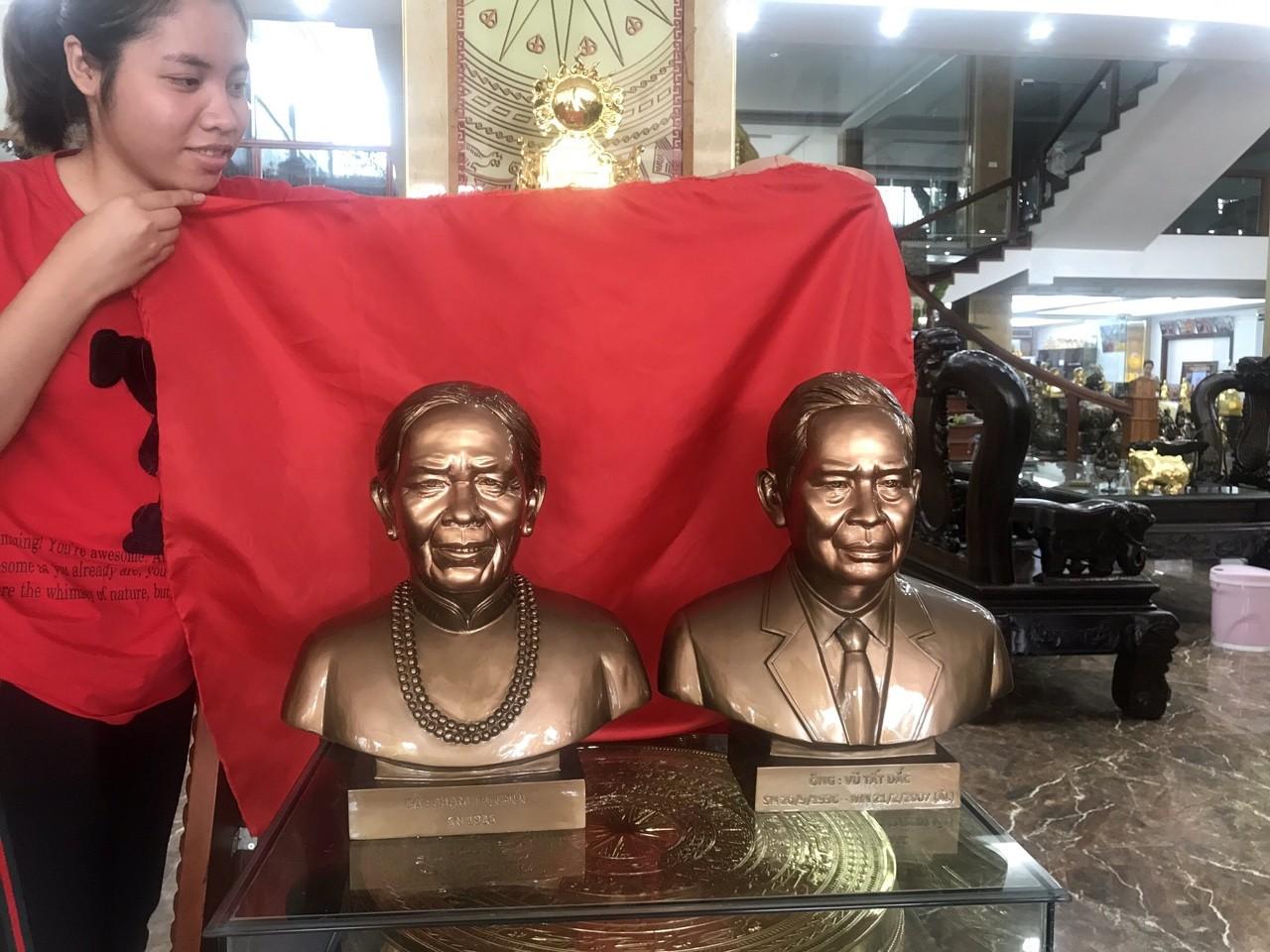Địa chỉ đúc tượng chân dung truyền thần tại Sài Gòn