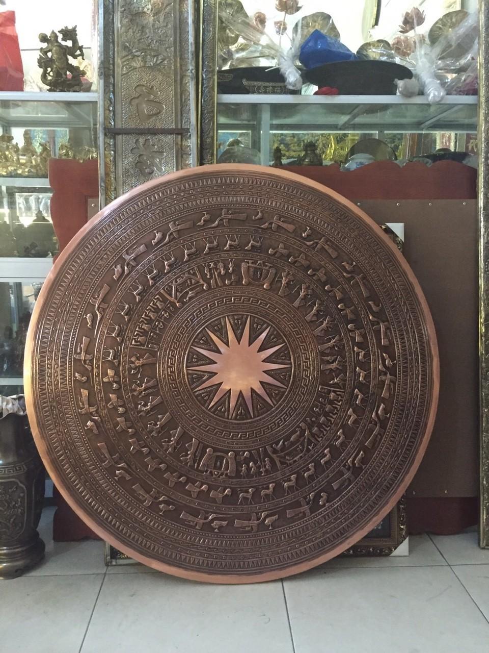 Đồ đồng Việt chuyên đúc mặt trống đồng cỡ lớn