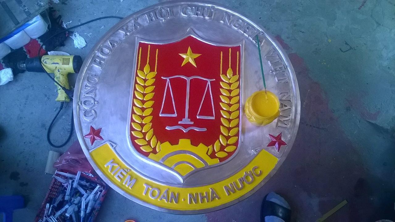 Đồ đồng Việt - địa chỉ sản xuất logo, huy hiệu bằng đồng cỡ lớn