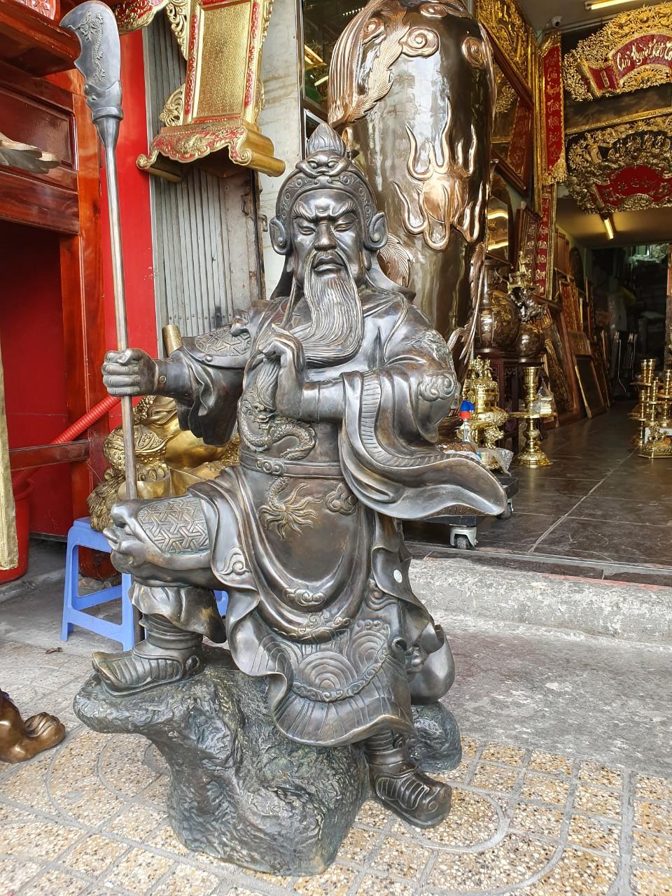 Đồ đồng Việt nhận đúc tượng Quan Công bằng đồng