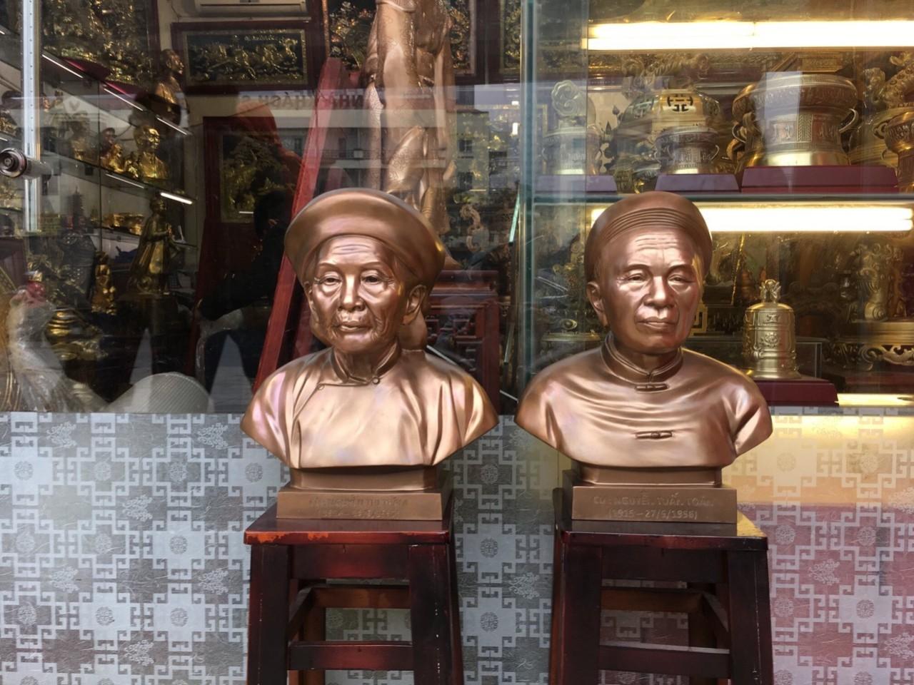 Đúc tượng bán thân bằng đồng đỏ theo yêu cầu, báo giá đúc tượng đồng truyền thần