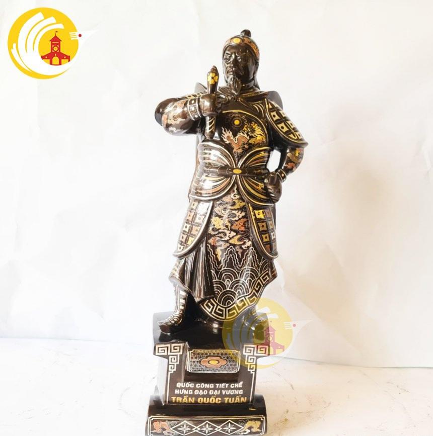 Đúc tượng đồng Trần Quốc Tuấn khảm ngũ sắc cao cấp