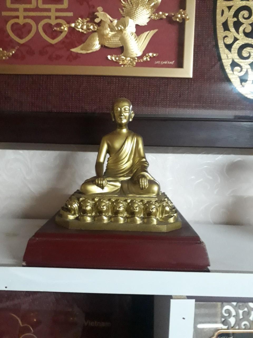 Đúc tượng Phật bằng đồng cỡ nhỏ cho bàn thờ tại gia