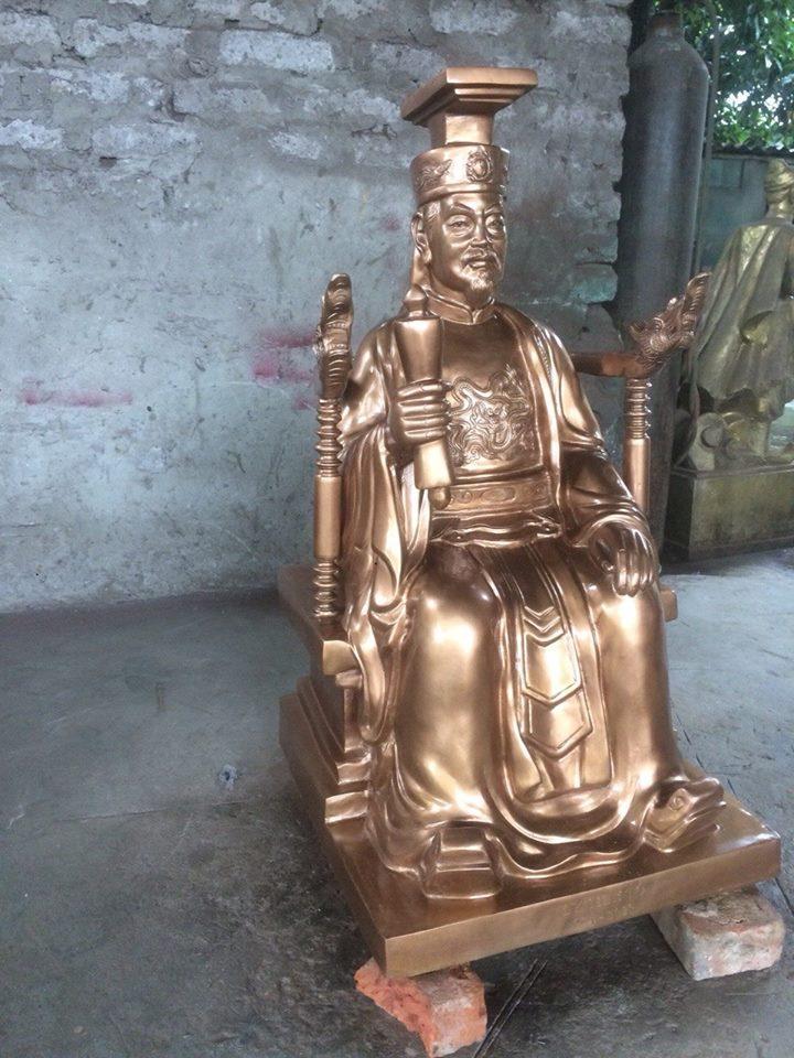Đúc tượng vua cha Ngọc Hoàng bằng đồng