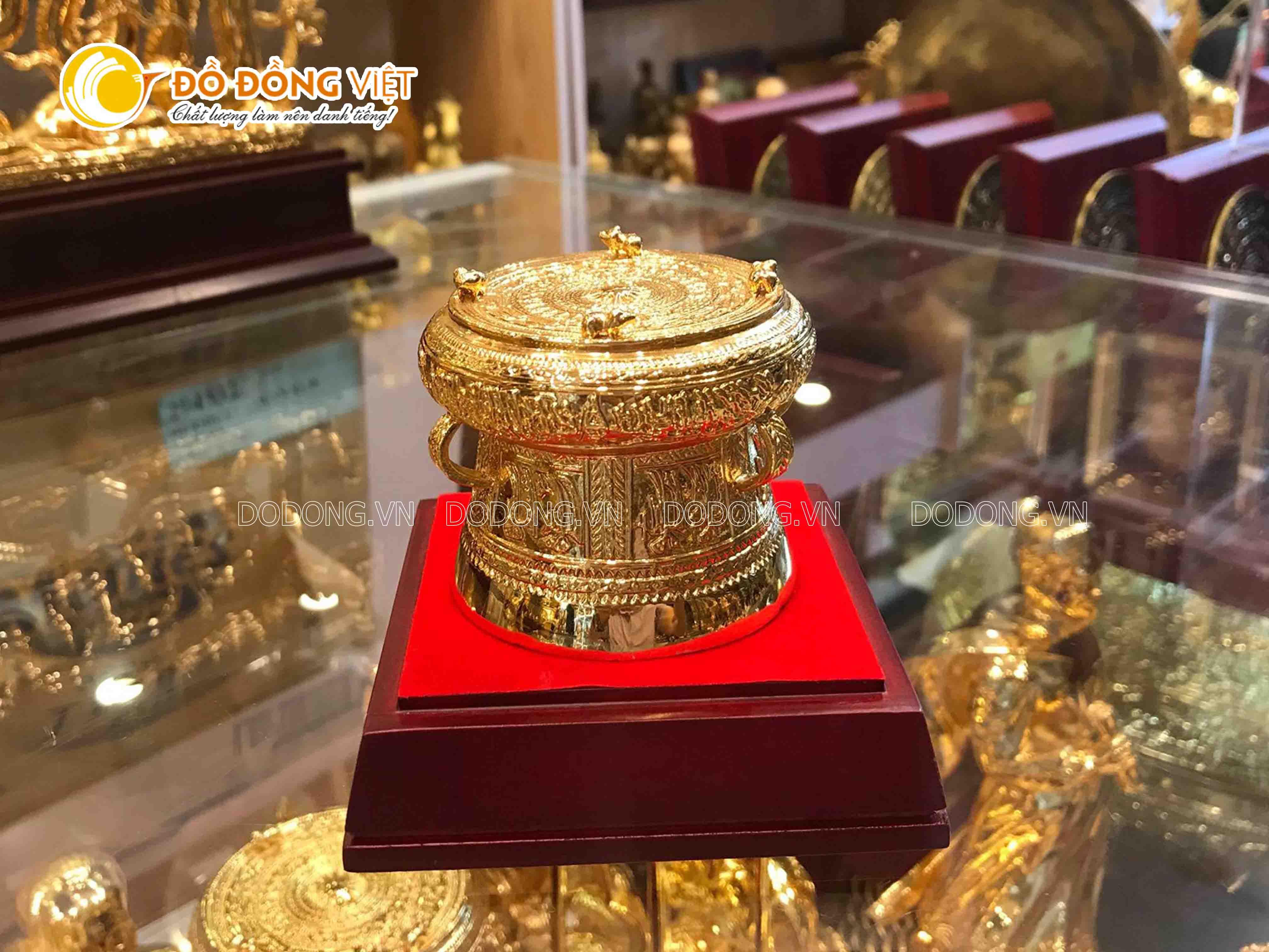 Giá bán trống đồng mạ vàng đường kính 9cm