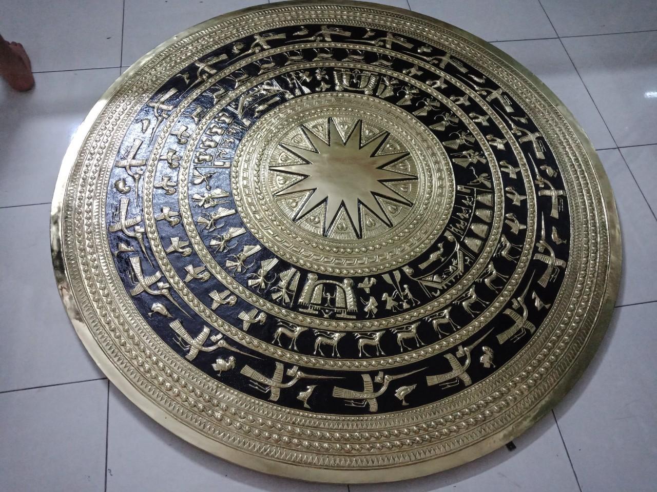 Mặt trống đồng gò bằng đồng vàng, giá bán mặt trống đồng