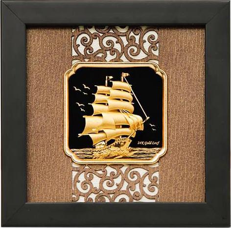 Quà tặng lưu niệm tranh thuận buồm xuôi gió dát vàng