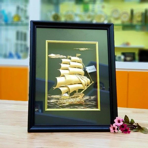 Quà tặng tranh thuyền buồm vàng lá 3D đẹp tinh xảo
