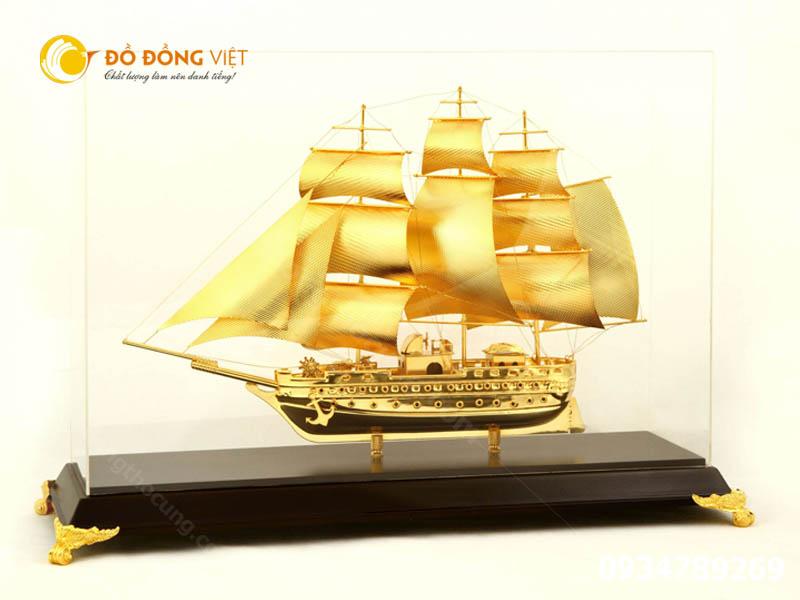 Thuyền buồm quà tặng phong thủy bằng đồng