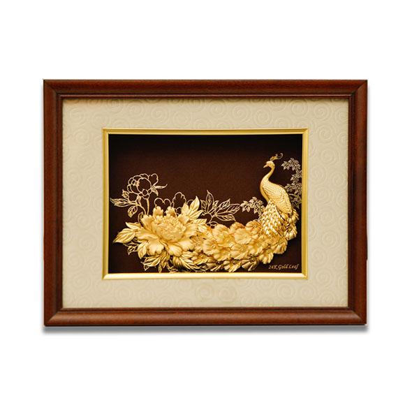 Tranh chim công vàng 24k đẹp tinh xảo, quà vàng ý nghĩa