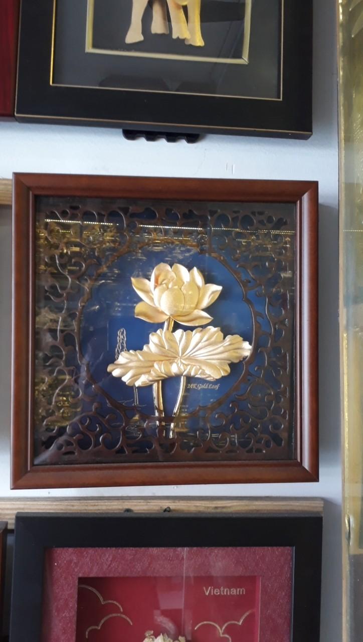 Tranh hoa sen dát vàng lá 3D, quà tặng cao cấp và ý nghĩa