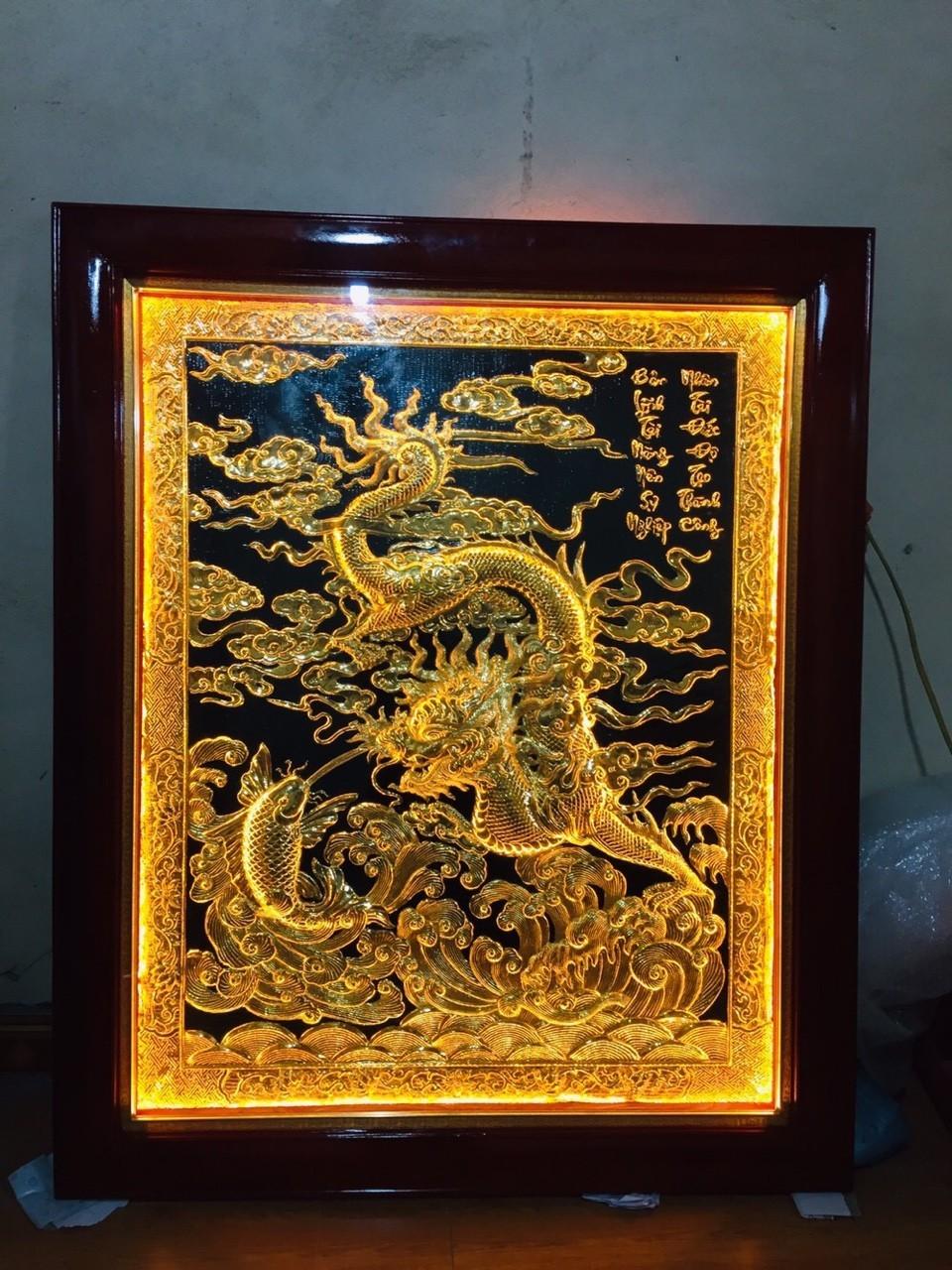Tranh rồng phong thủy đèn led, giá bán tranh đồng làm quà tặng