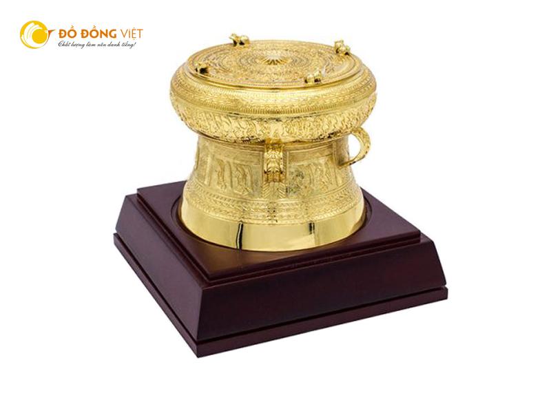 Trống đồng mạ vàng, quà tặng ngoại giao cao cấp