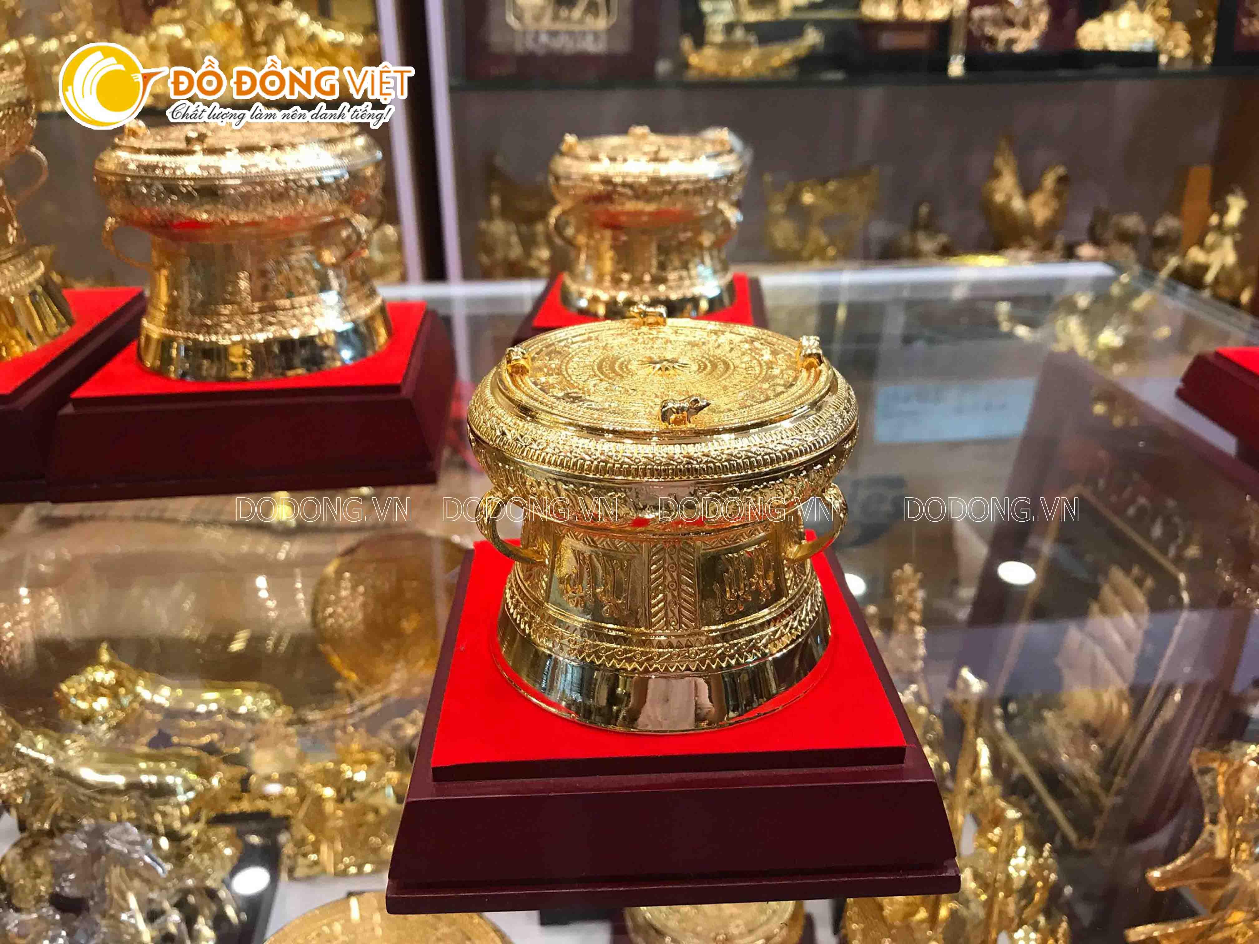 Trống đồng quà tặng mạ vàng đẹp tinh xảo đường kính 7cm