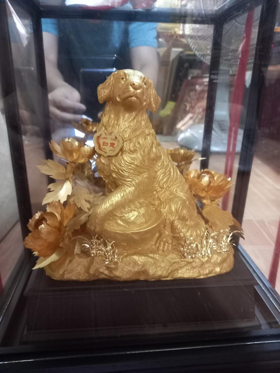 Tượng Chó Mạ Vàng Quà Tặng Sếp Tuổi Tuất