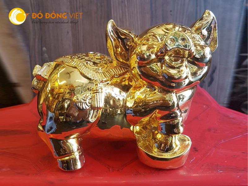 Tượng heo bằng đồng mạ vàng, quà tặng ý nghĩa xuân Kỷ Hợi 2019