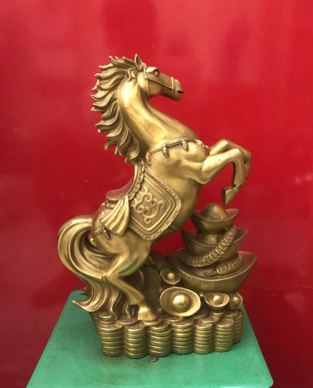 Tượng ngựa đồng phong thủy, giá bán tượng ngựa đồng