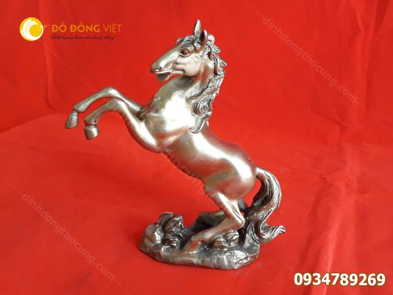 Tượng ngựa bằng đồng  phong thuỷ 20cm