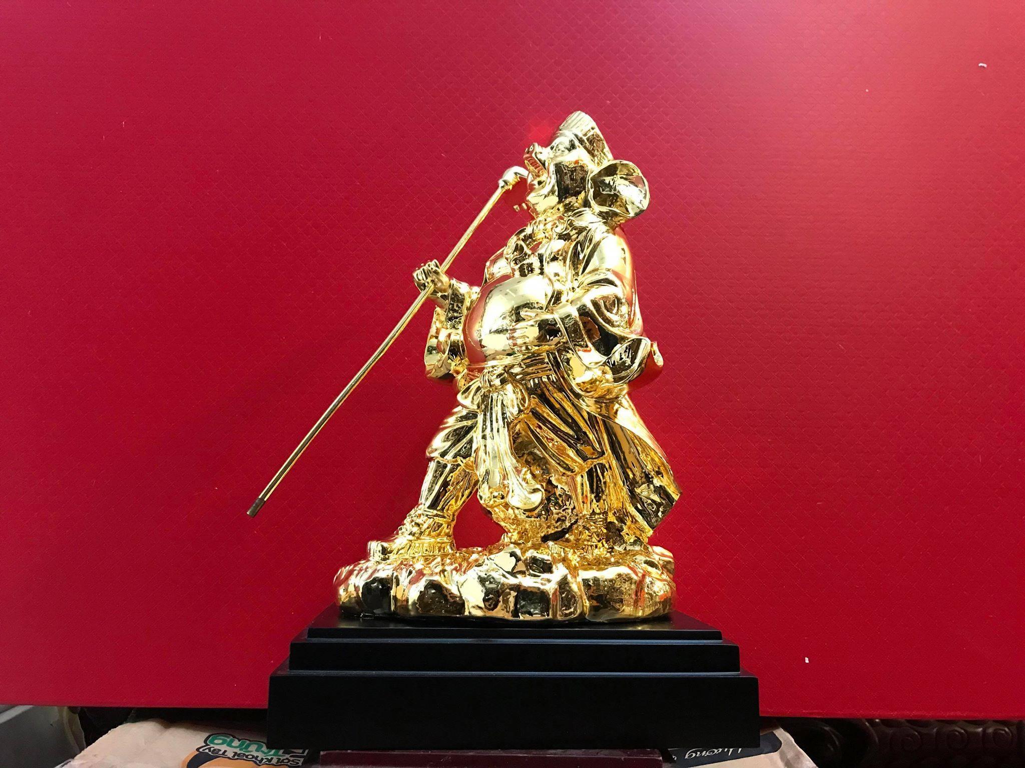 Tượng trư bát giới bằng đồng mạ vàng