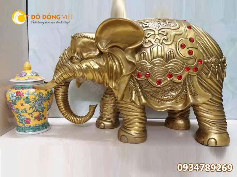 Tượng voi bằng đồng phong thủy